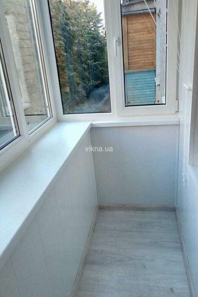 балкон под ключ rehau
