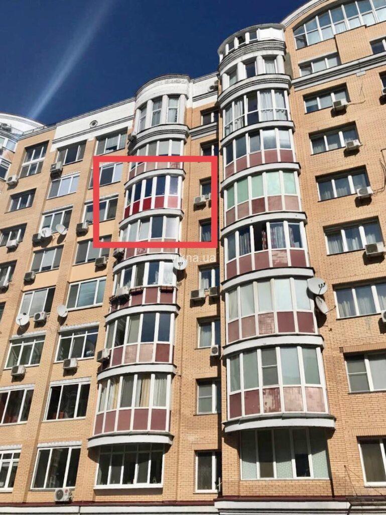 эркерный балкон rehau