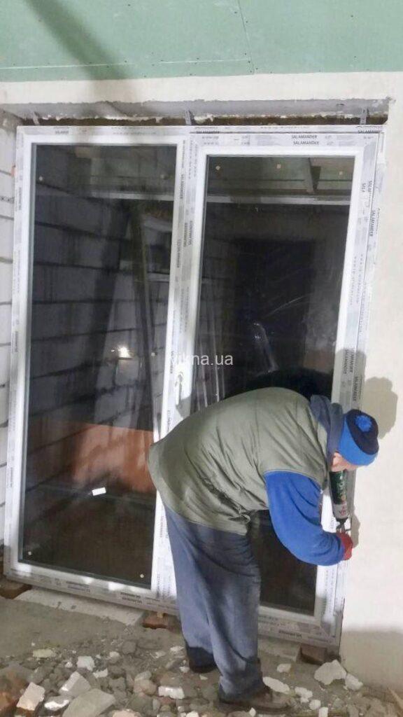 балконные двери Salamander