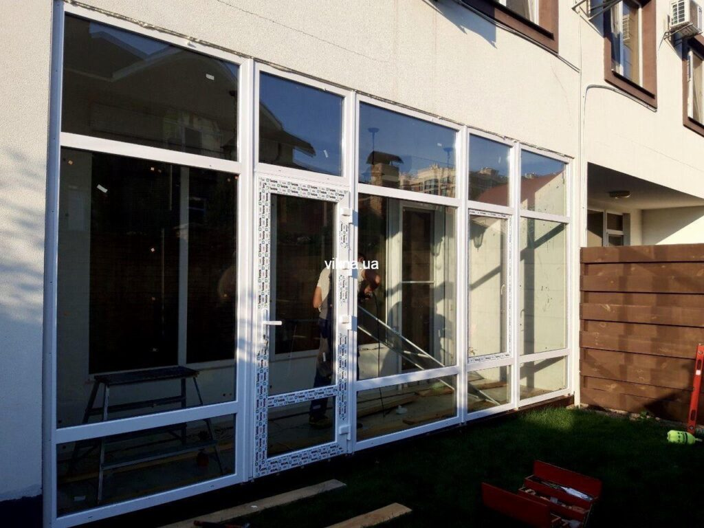 остекление веранды окнами WDS